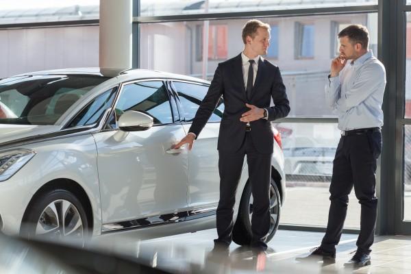 Хитрости автосалонов при продаже новых машин