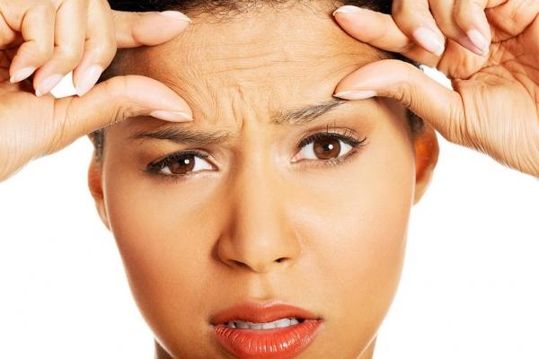 5 неочевидных причин появления морщин на лбу